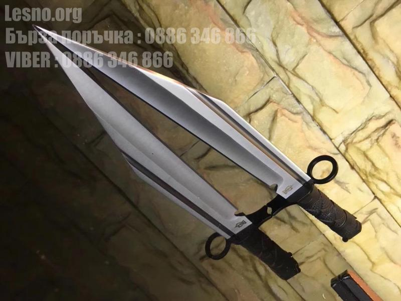 Ловен нож със съвременен футуристичен дизайн тип щик с косо острие