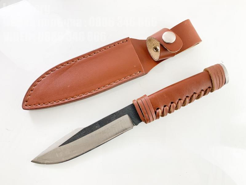 Ловен нож ръчно кован от цяло парче стомана фултанг много здрав с кожа на дръжката