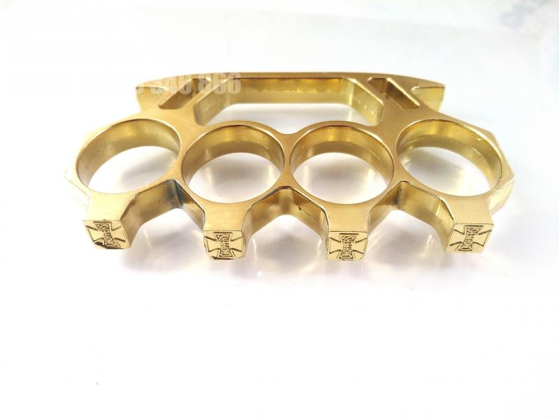 Масивен метален златист бокс за самозащита или колекция с кръстове Choppers