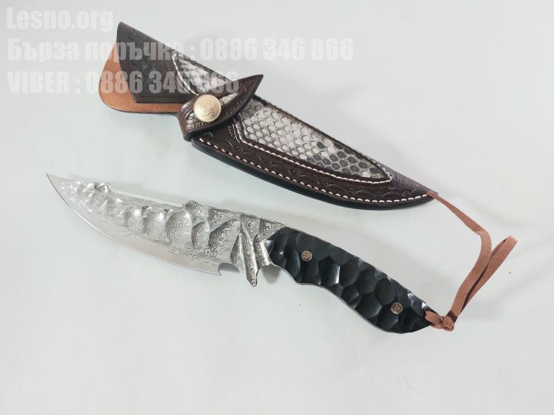Ловен нож ръчно направен от дамаска японска стомана футуристичен дизайн