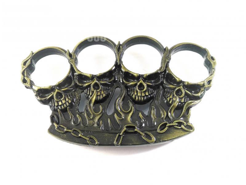 Масивен метален винтидж бокс за самозащита или колекция с черепи и пламъци