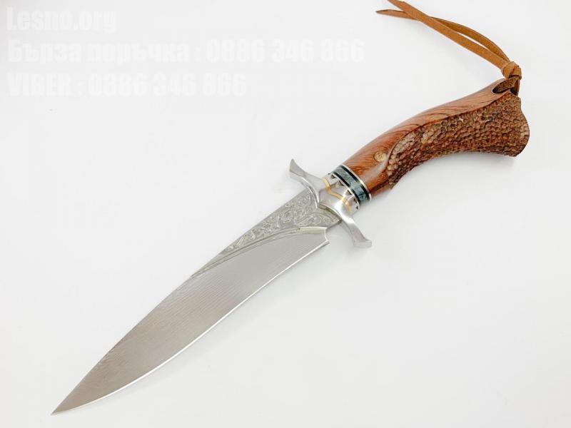 Ръчно направен ловен нож от дамаска стомана с VG 10 сърцевина с абаносова дръжка